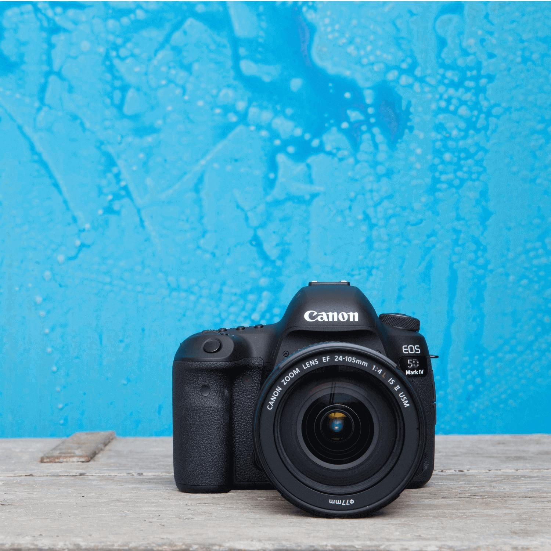 Canon EOS 5D Mark IV -  professionelle DSLR-Kamera mit Vollformatsensor für 30 Megapixel Fotos und 4K-Videos