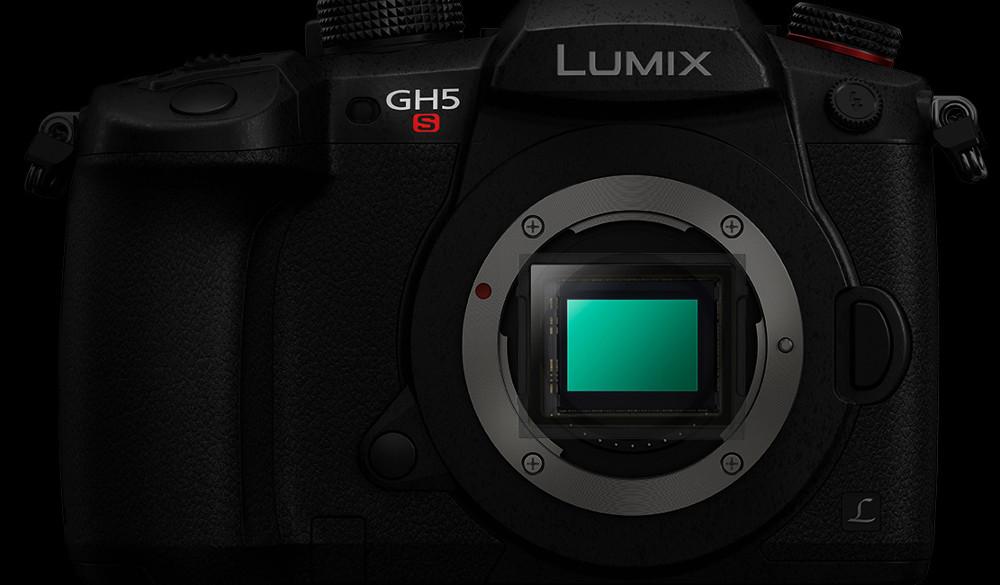 Der neue Bildsensor der Panasonic GH5S liefert eine erstaunliche hohe Empfindlichkeit und ist so bestens für dunkle Umgebungen geeignet.
